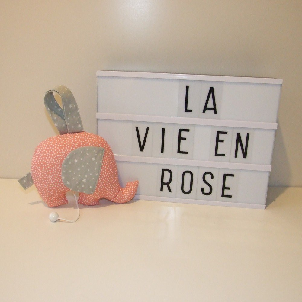 Berceuse musicale éléphant La vie en rose Edith Piaf--9995160933637
