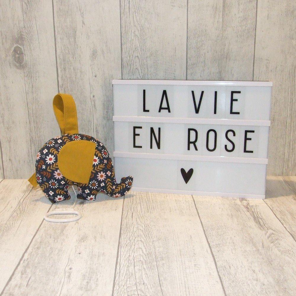 La Vie en Rose--9996015697629