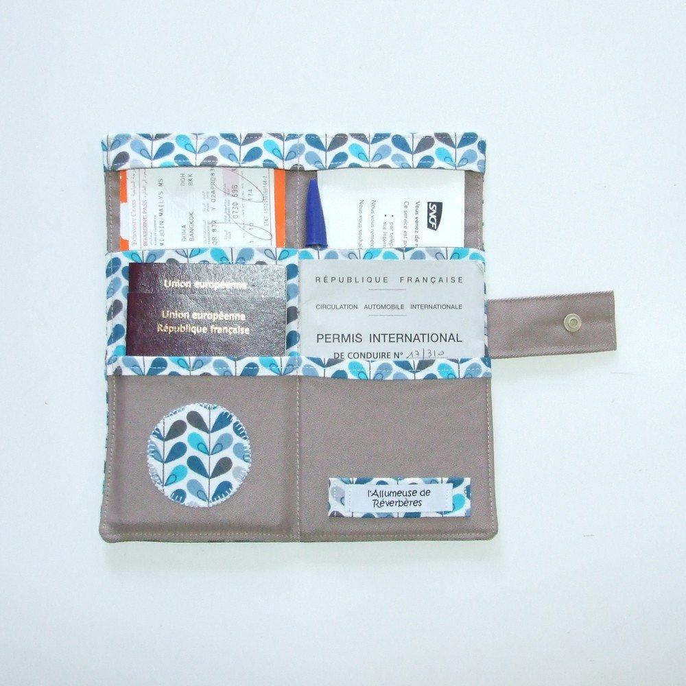 Pochette passeports et billets d'avion, train feuilles bleues, marron--9995378853901