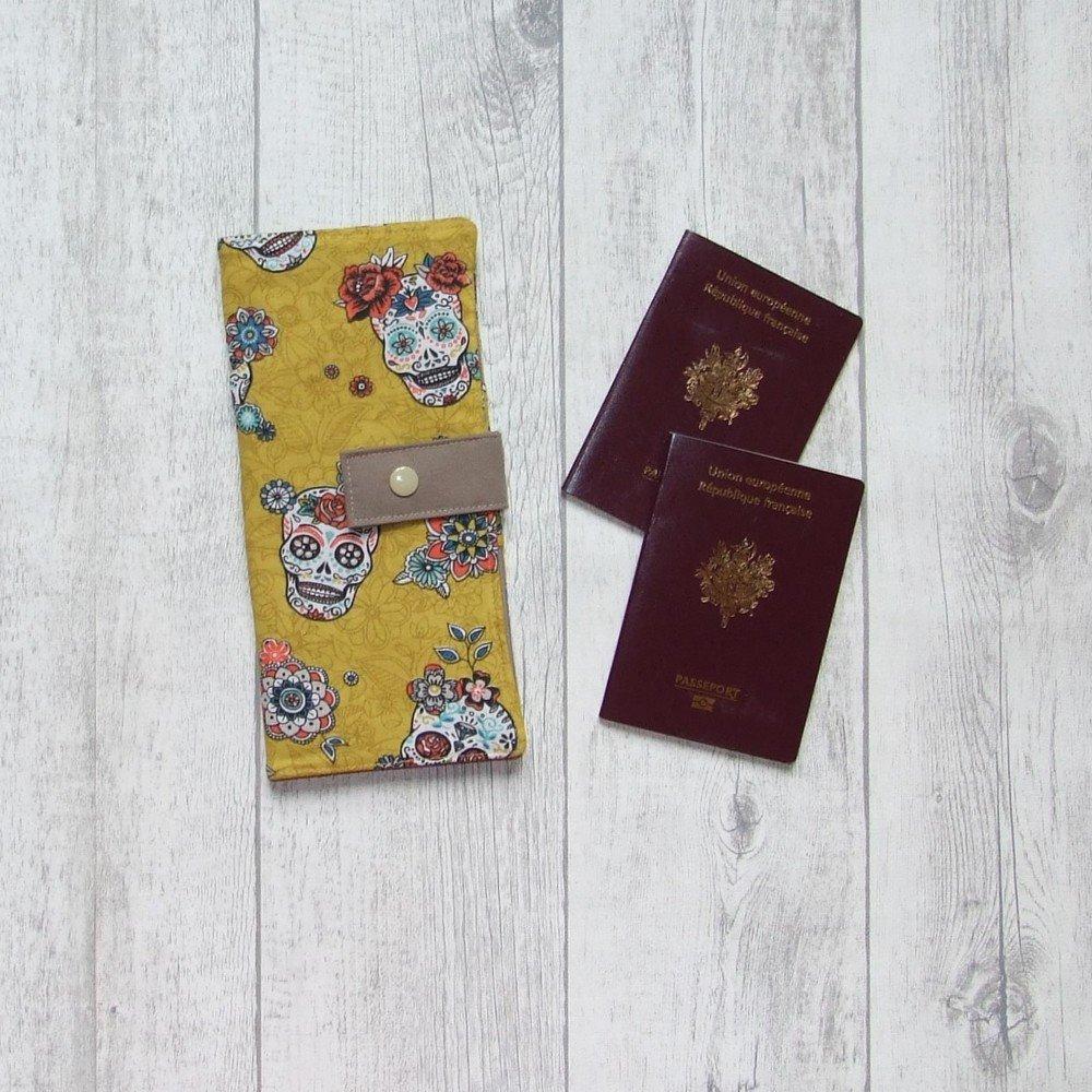 Pochette passeports et billets d'avion, train imprimé calaveras (têtes de mort mexicaine)--9995994820110