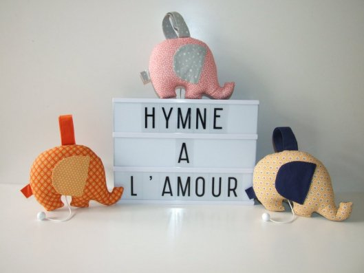 Mélodie L'HYMNE A L'AMOUR