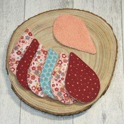 Lingettes lavables tissu fleurs lie de vin/rose, éponge saumon